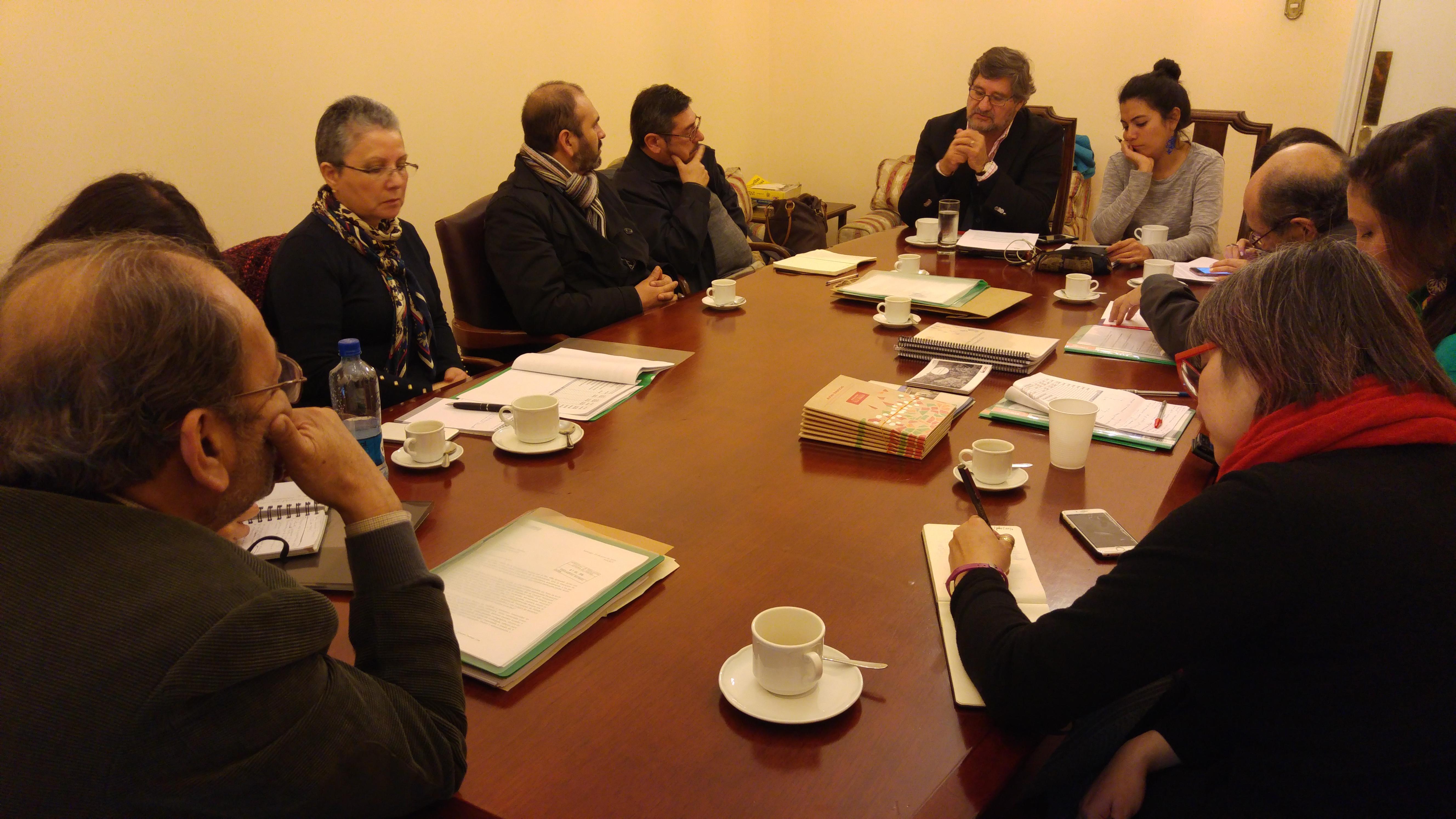 Villa Grimaldi y Red de Sitios de Conciencia se reúnen con diputado Ramón Farías en el ex Congreso Nacional
