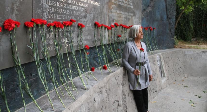 Emotivo homenaje a Luis Guajardo, ciclista, dirigente poblacional, militante del MIR y detenido desaparecido desde 1974