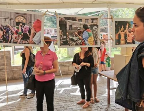 Corporación Parque por la Paz Villa Grimaldi inauguró exposición fotográfica y de objetos sobre la actual revuelta social y política chilena